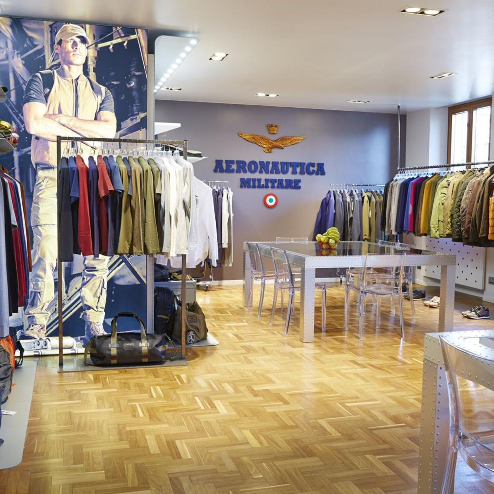 Nuovo showroom Aeronautica Militare a Milano